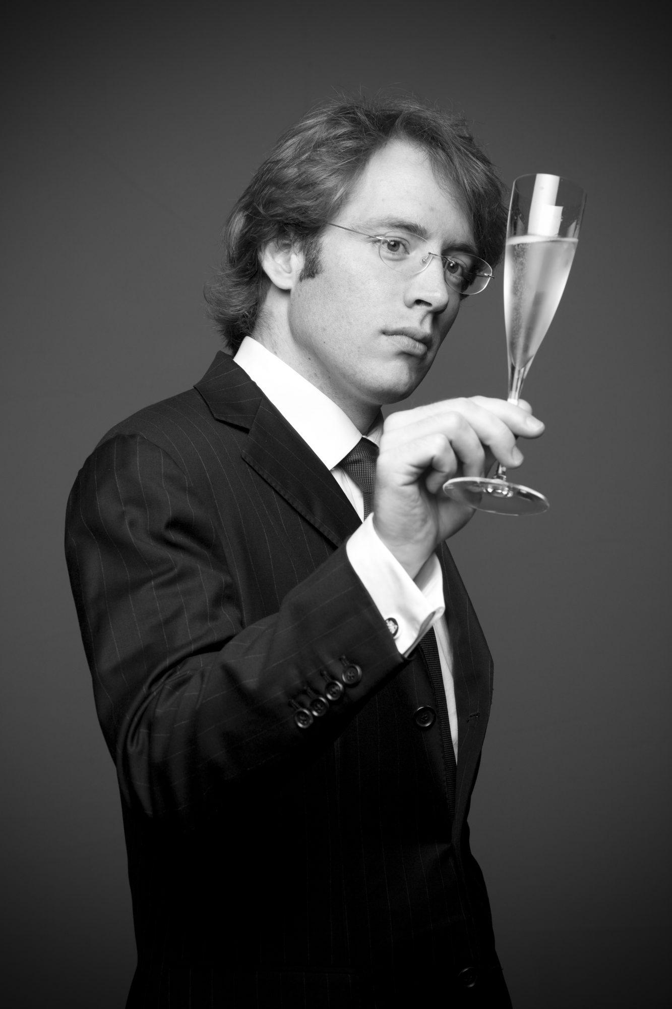 Clovis Taittinger with flute credit Dominique Cabrelli Taittinger 2